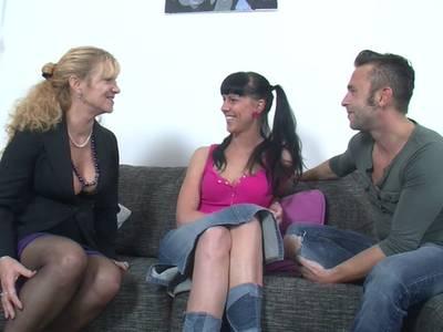 Deutsche Amateure vergnügen sich beim Gruppensex