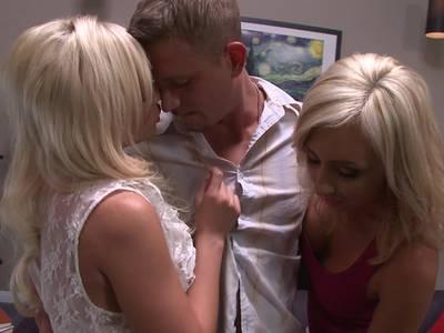 Heftiges Gruppenficken mit geile Blondinen mit dicken Titten