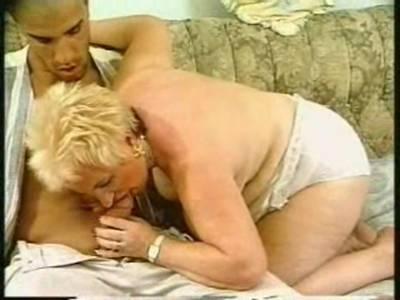 GILF BBW liebt alt und jung